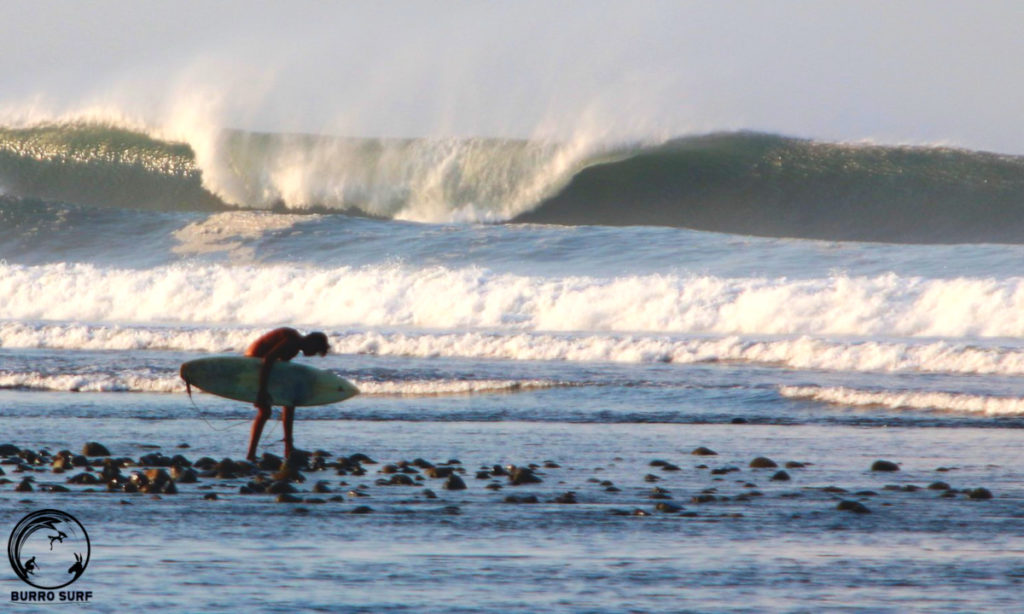 Surfing Playa El Rancho big waves
