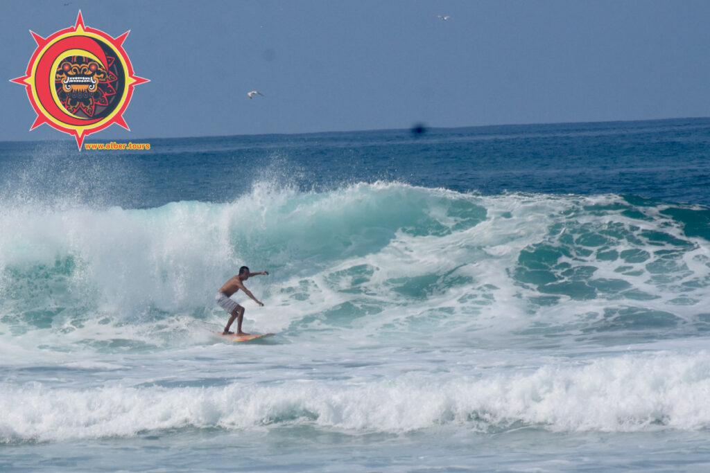Rio Nexpa México Surfing