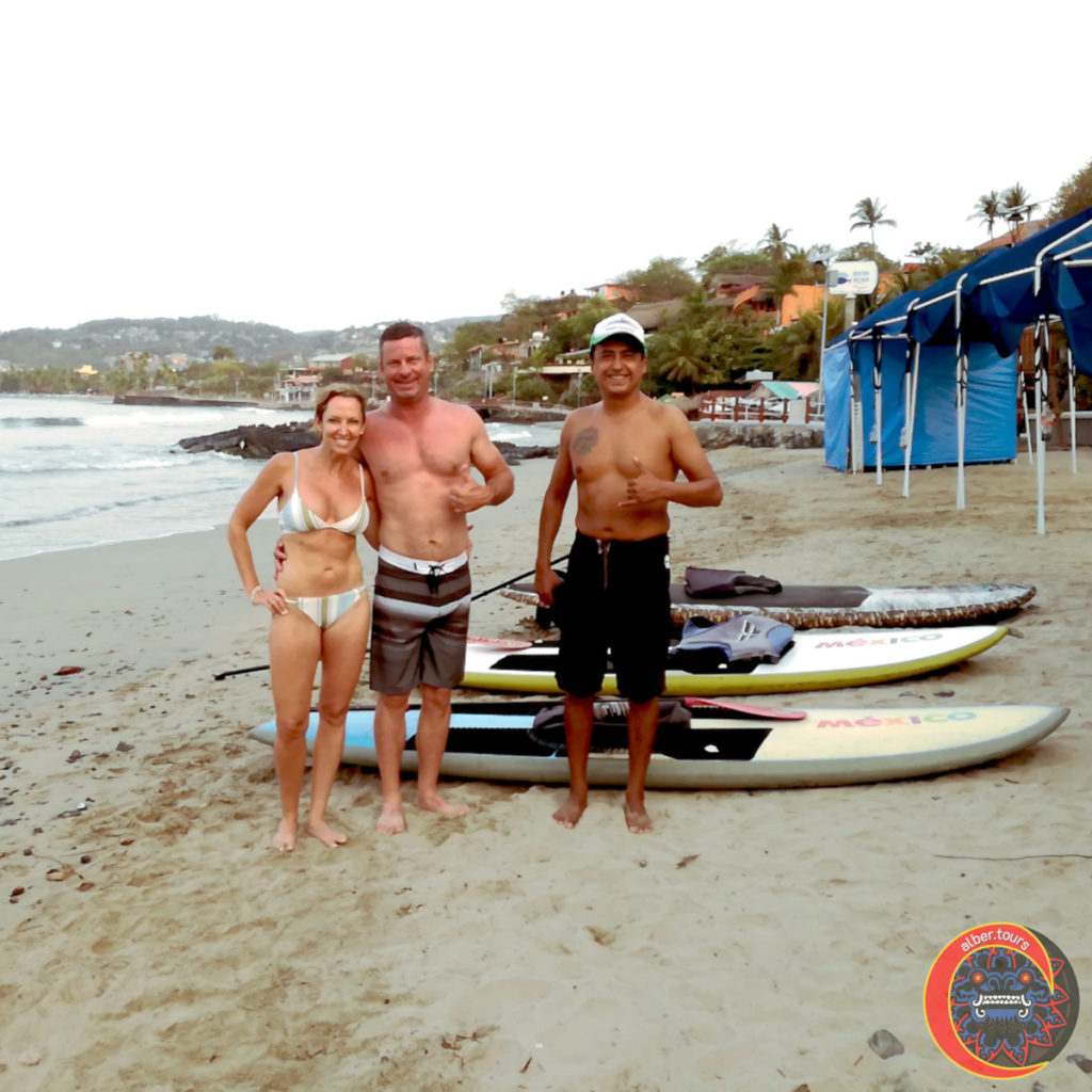 SUP (stand up paddle boarding) Bahía de Zihuatanejo