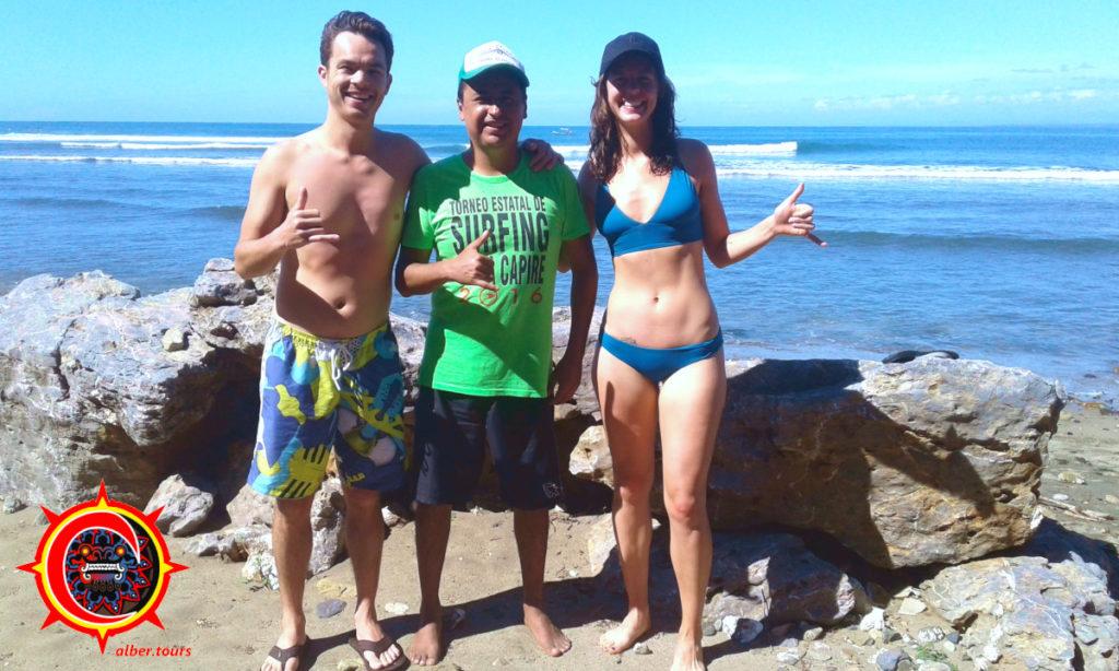 Saladita beach surf lessons