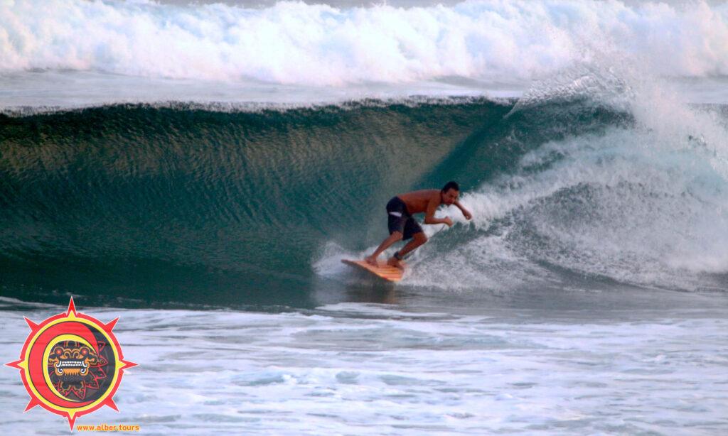 Guía de Surfing playa Chacahua